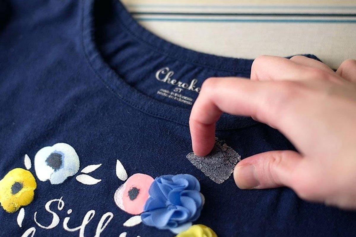 آموزش کامل پاک کردن انواع چسب از پارچه، لباس و فرش